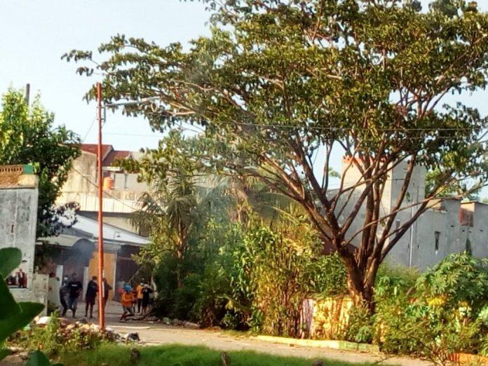 Breaking News, Tawuran 2 Kelompok Pemuda Kembali Pecah Di Jl. Lembo