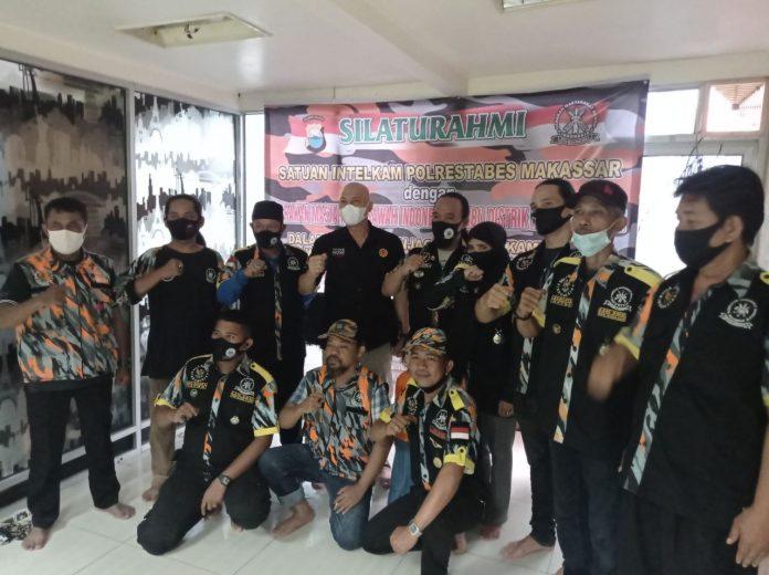 Iptu Hafid Yudin Silaturami dengan Ketua dan Pengurus LSM GMBI Distrik Makassar