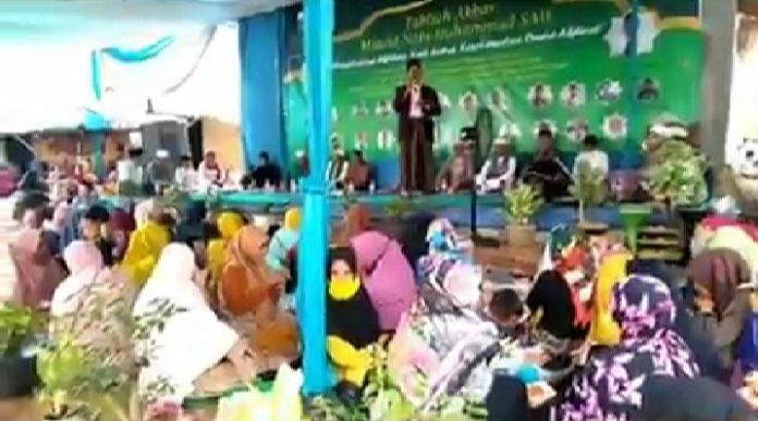 Viral Video Acara Maulid Nabi Diduga Menjadi Ajang Kampanye Helmi Yahya ( Cakades ) Desa Tanjung Baru