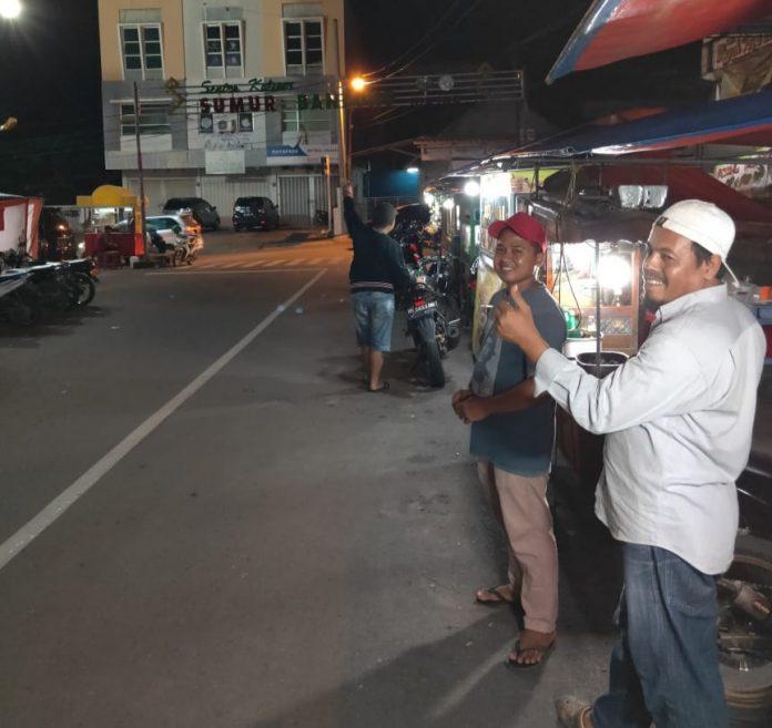 Pedagang Sumur Bandung Keluhkan Lampu Di Areanya