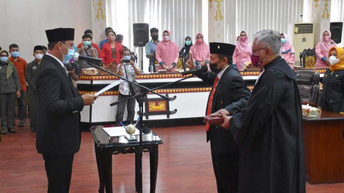 Achmad Pairin hadiri Rapat Paripurna DPRD tentang pengucapan sumpah