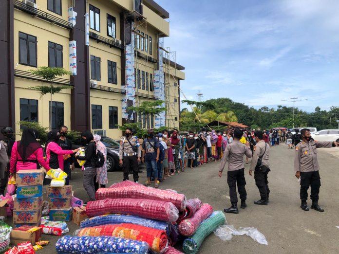 Bhayangkari Daerah Sulbar Salurkan Bantuan Ke Korban Gempa