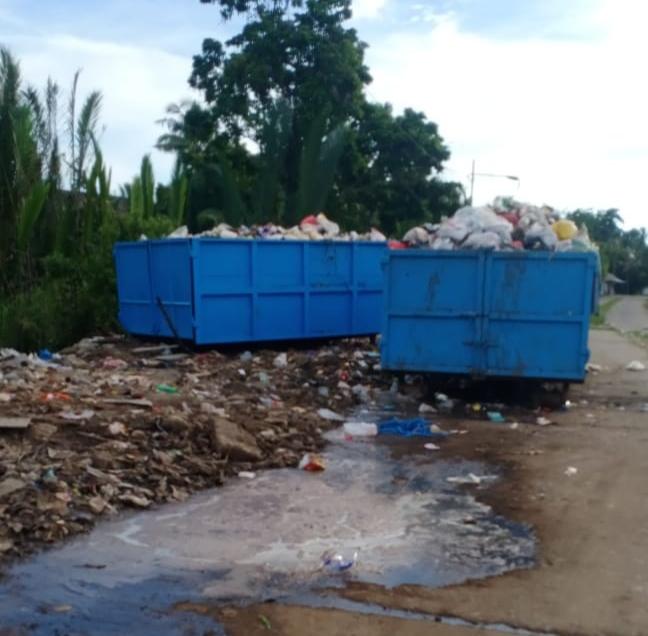 Warga Kelurahan Pattallasang Keluhkan Buruknya Pengelolaan Bak Sampah. Pemerintah Dinilai Tutup Mata