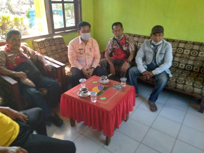 Ormas GML Tanggamus datang ke Kantor Camat Wonosobo Terkait Kepala Pekon