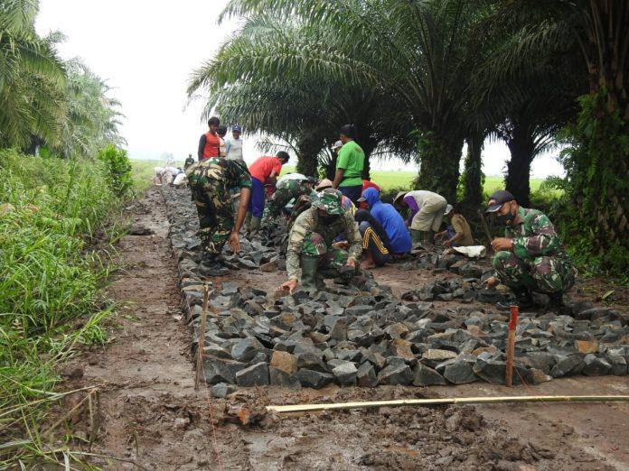Program sasaran fisik TNI Manunggal Masuk Desa (TMMD) Ke-110 TA. 2021 Kodim 0429/Lamtim