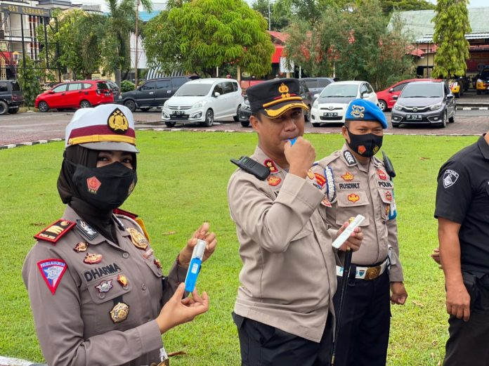 Program Kerja 100 Hari Kapolri, Polres Pinrang Jalani Tes Narkoba Metode DrugWipe