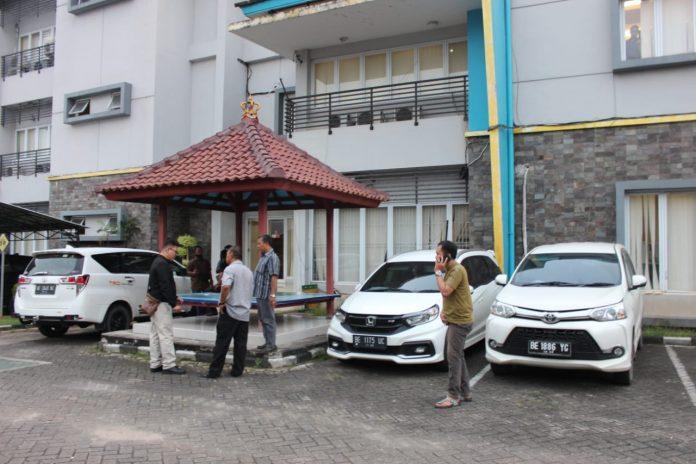 PLN Metro Lampung Di Satroni Kakam Dente Teladas Tulang Bawang