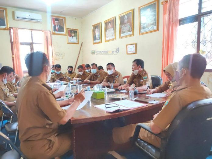 Rapat Persiapan HUT Kabupaten Pesisir Barat ke-8 Tahun 2021