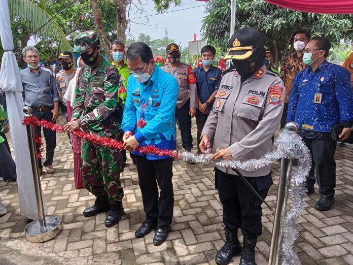 Walikota Metro Wahdi didampingi TNI/Polri resmikan KTN ke 16 Di Kelurahan Yosomulyo