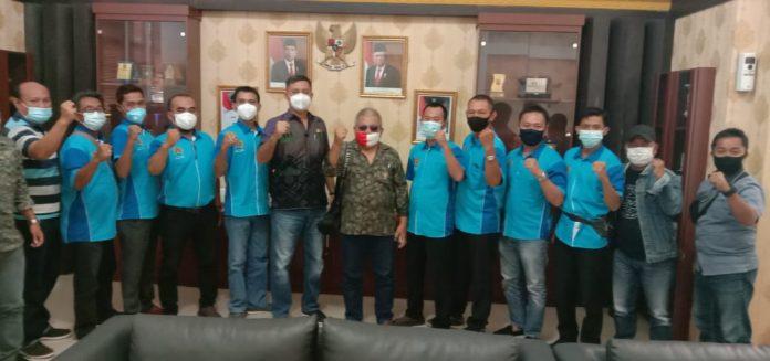 Ketua DPRD Kota Metro Tondi MG Nasution berharap profesi wartawan bukan sampingan