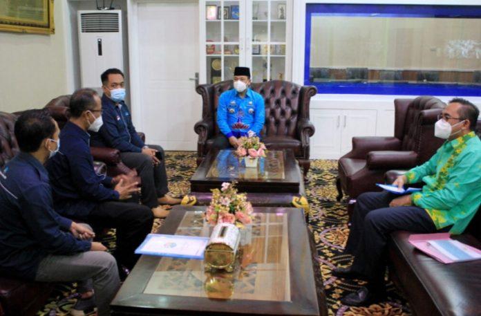 Walikota Metro Wahdi Siradjuddin menerima kunjungan dari Dewan Perwakilan Cabang Generasi Digital Indonesia (Gradasi) Kota Metro,