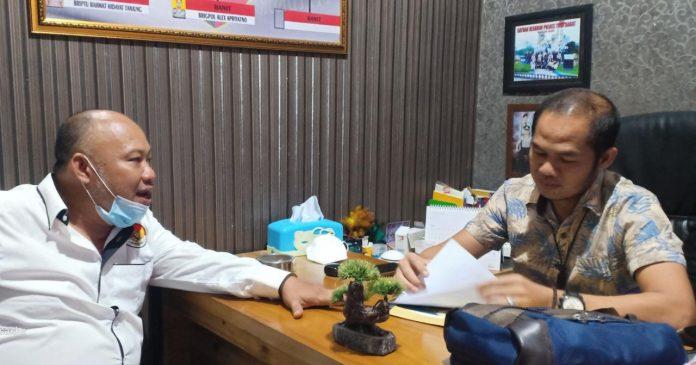 Senin, Oknum Kepalou Tiyuh Mekarsari Jaya Bersama Istrinya Diperiksa Penyidik Tipikor Polres Tubaba