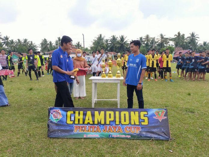 Penutupan turnamen Sepakbola Pekon Pelita Jaya