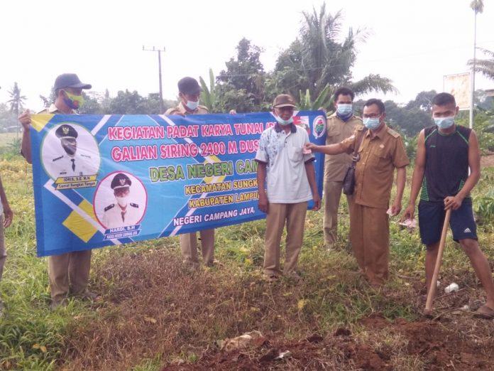 Pembangunan Dreinase Desa Negri Campang Jaya Berjalan Tepat Waktu