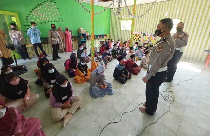 Satlantas Polres Tulang Bawang Berikan Edukasi Kepada Anak Usia Dini