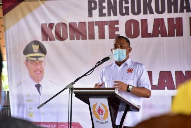 Bupati Tuaba Umar Ahmad SP, Beharap KONI Dapat Membina Dan Mendidik Atelit Yang Baik