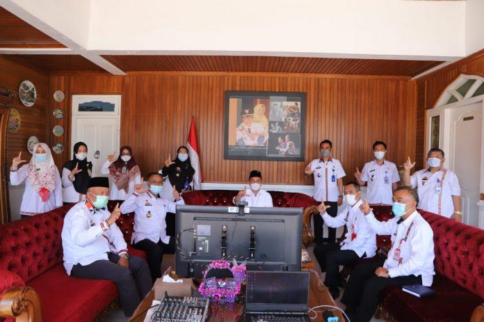 Vidio Conference Antara Bupati Lampung Barat Hi. Parosil Mabsus dan Kepala Perpustakaan RI Drs. Muhammad Sarif Bando, MM.