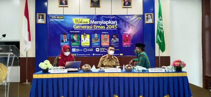 Walikota mengisi acara Webinar Pasca Sarjana Universitas Muhammadiyah Metro