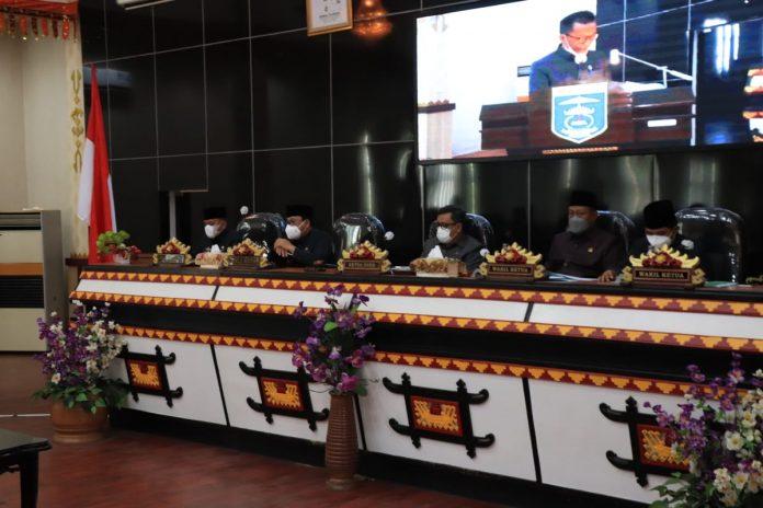 DPRD Kota Metro Rapat Paripurna terkait pengambilan keputusan RAPERDA Perubahan ABPD Tahun 2021
